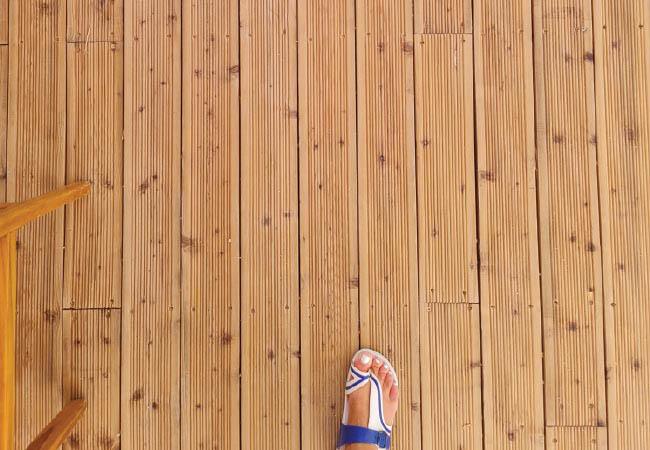 Beachbar-decking-Veko-Group-2-2