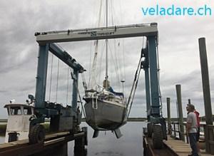 notre voilier est hissé hors de l'eau