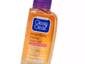 10+ Rekomendasi Sabun Wajah untuk Kulit Berminyak dan Kusam
