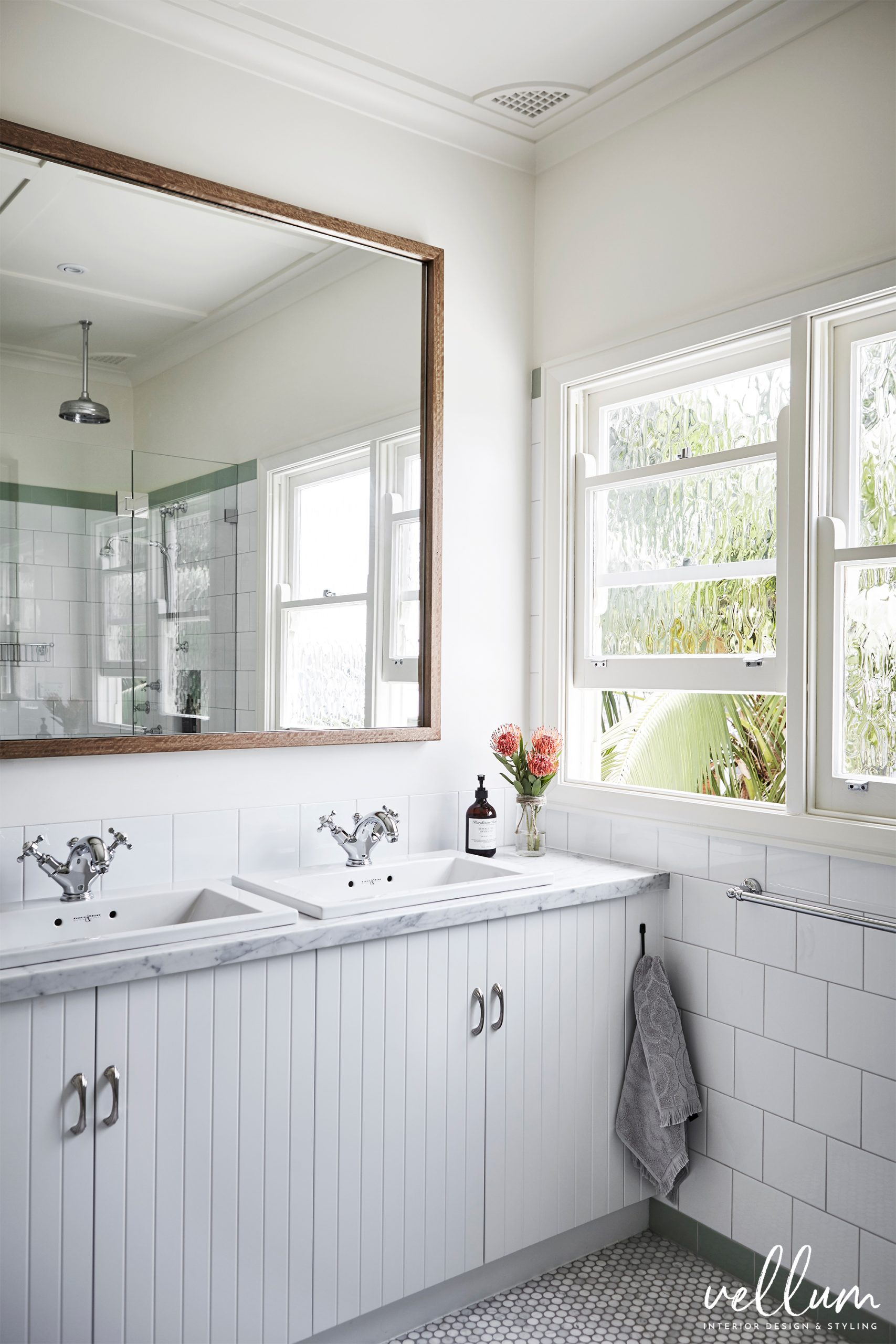tips on creating a modern classic look for your bathroom on 81 Bathroom Design And Tips For Designing Your Own Bathroom id=45782