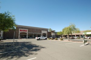 Velocity Retail Group Leases Vacant Big Box in Scottsdale to New Virtual Restaurant Concept 1