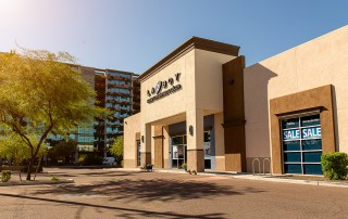 High Profile La-Z-Boy Retail Investment at Scottsdale Fashion Square Sold 5