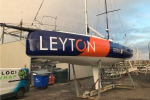 LEYTON sponsored Sunfast 3300 sailing boat with a full vinyl yacht hull wrap velociwrap