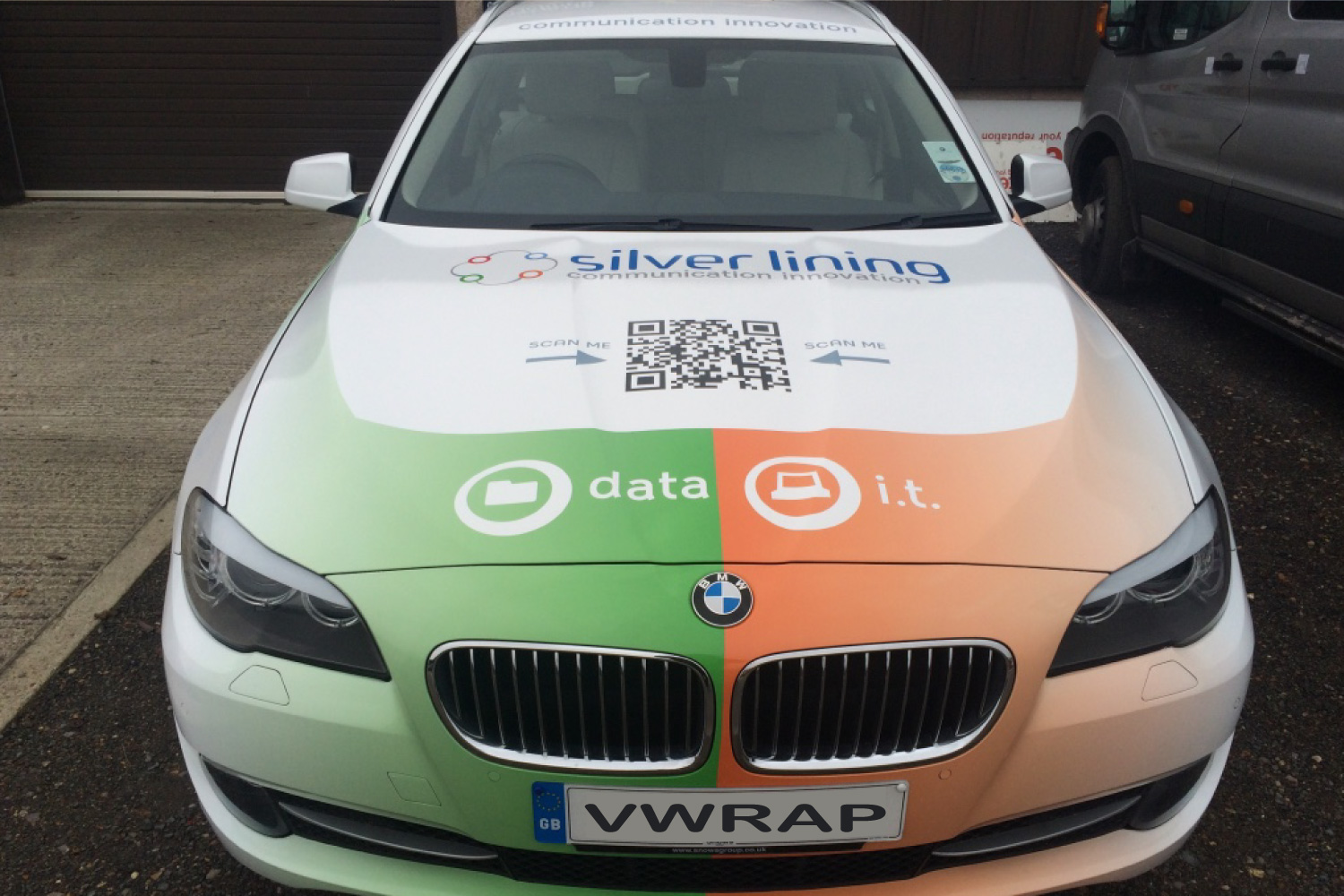 Full Digitally Printed BMW Estate Vinyl Wrap For Silver Lining Communication Innovation