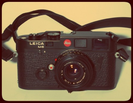 As fotografias saem sempre melhor nas pequenas aventuras velocipédicas. A Leica M6 fica bem na foto e tira boas fotos.
