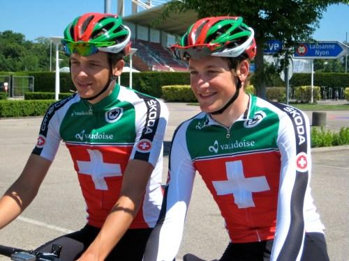 Théry Schir et Stefan Küng. Photo Bertand Duboux