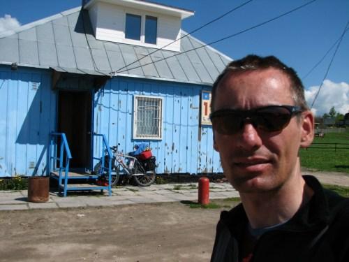 Arrêt dans un petit restaurant entre Saint-Petersbourg et Irkutsk.