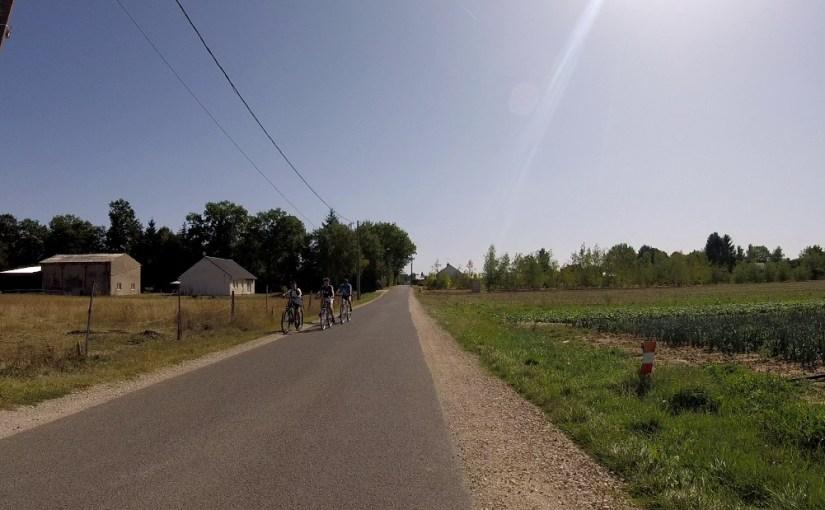 14ème vélorution orléanaise: une boucle sud-est en passant par Saint-Denis-en-Val