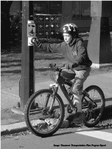 vancouver-child-cyclist-at-push-button-r