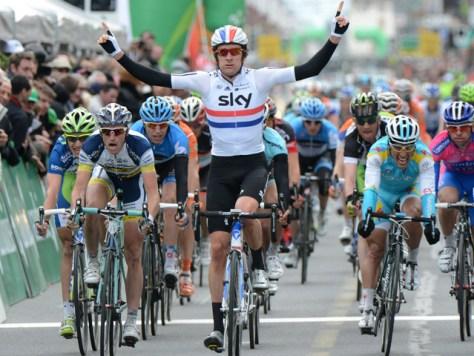 Bradley Wiggins winning a sprint in Romandie (image courtesy of Team Sky)