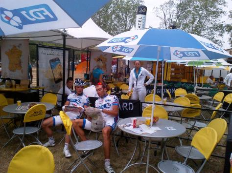 FDJ-BigMat riders catching up with the news in the Village du Depart (image courtesy of SDW)