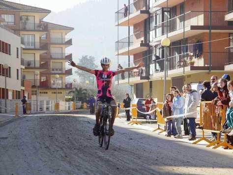 Beñat wins Zyklokross Idiazabel in 2003