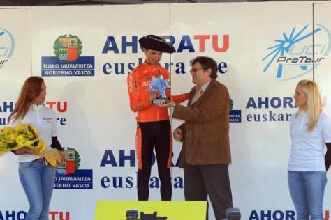 Beñat wins stage 6 Vuelta al Pais Vasco 2010