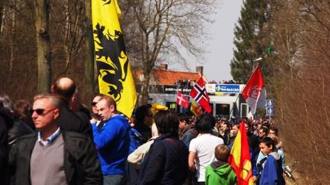 Fans Arenberg Roubaix CREDIT: JON BAINES