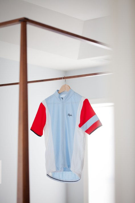 The Trade Team Jersey is a Merino/Poly blend with classic styling and colours.