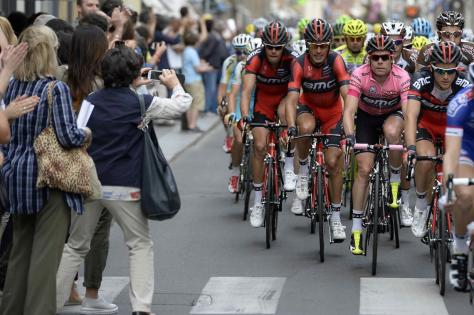 Evans' BMC team have played an important role in keeping him out of trouble, but luck is still a key part of the equation (Image: Giro d'Italia)