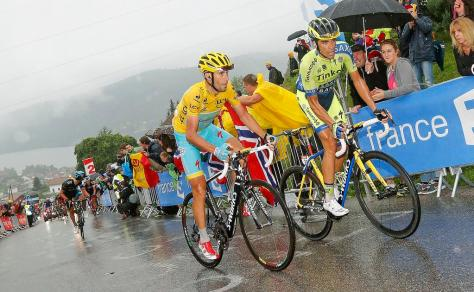 Nibali is back in yellow (image: Tinkoff-Saxo)