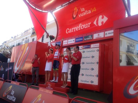 Bling's looking good in red (image: Orica-GreenEDGE)