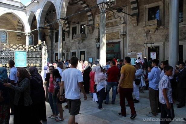 W meczecie Sultan Eyüp