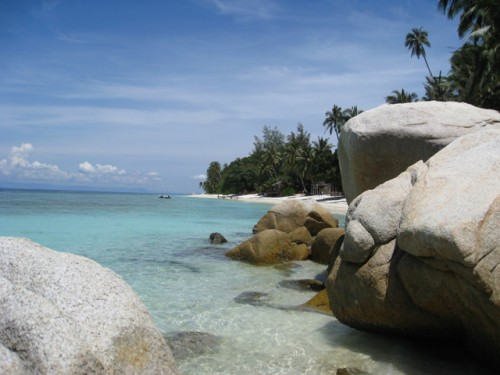 Lang-Tengah-island-photo