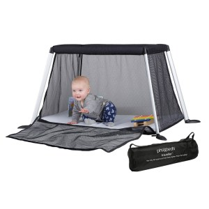 Phil & Teds travel cot - Rent a travel cot in Singapore with Velvetgear