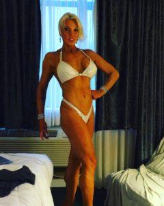 stw_goals_bikini