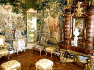 sexy-this-week-fairytales-Rosenborg-Castle-Copenhagen-3