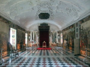 sexy-this-week-fairytales-Rosenborg-Castle-Copenhagen-queens-reception-room