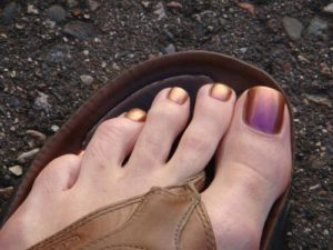 sexy-this-week-63-his-and-her-pedicures-4