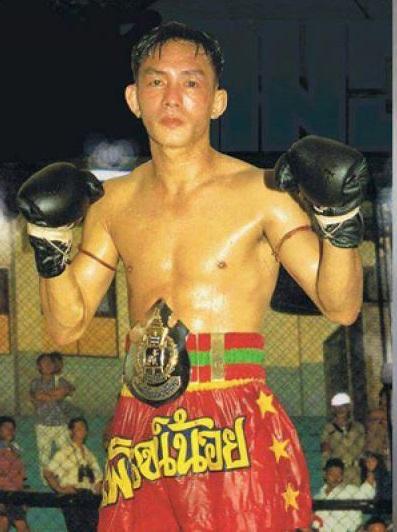 MUAY THAI - Mestre Pairojnoi - Divulgação 2