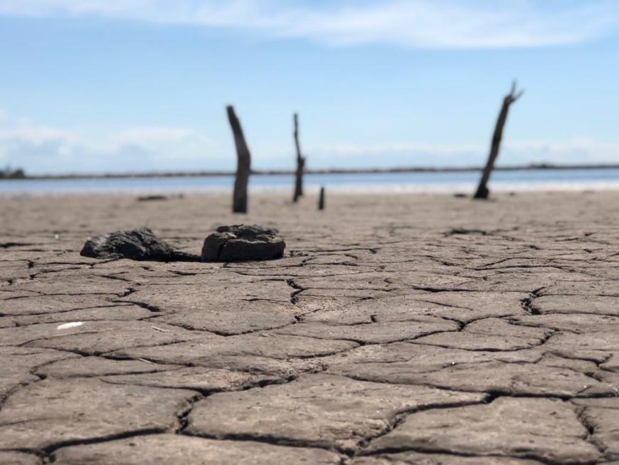 Chão seco em Laguna Mar Chiquita