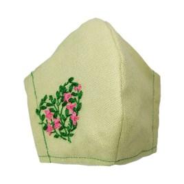 Barbijo fashion bordado a mano con diseño Corazón de Flores