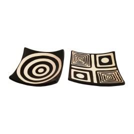 Juego de platillos de cerámica con diseños geométricos