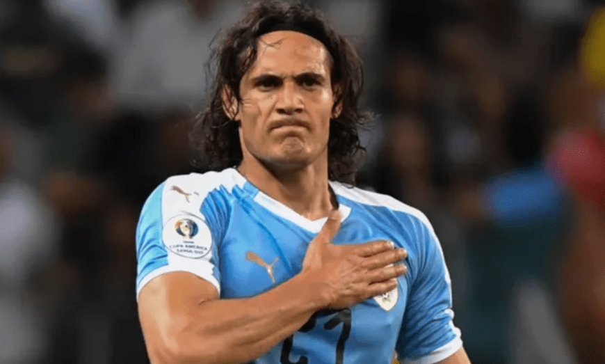 Cavani Signed with Manchester United