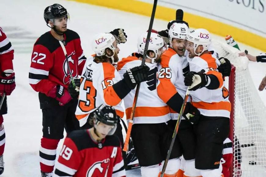 Flyers 3, Devils 1