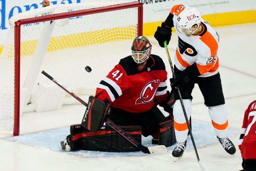 Flyers 5, Devils 3