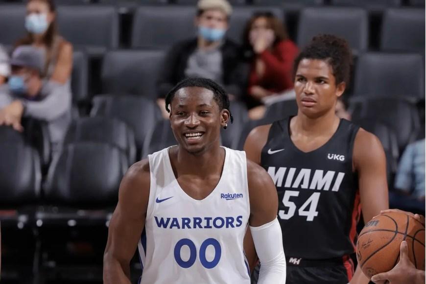 Warriors Rookie Kum Bucket