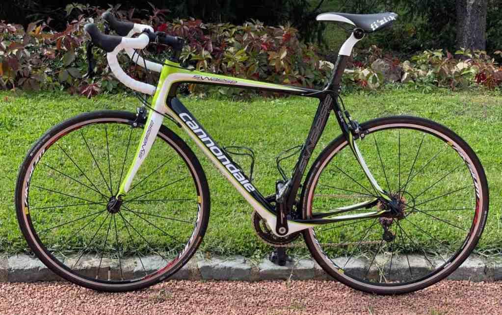 vélo de route Cannondale Synapse Carbon 105 occasion 2010