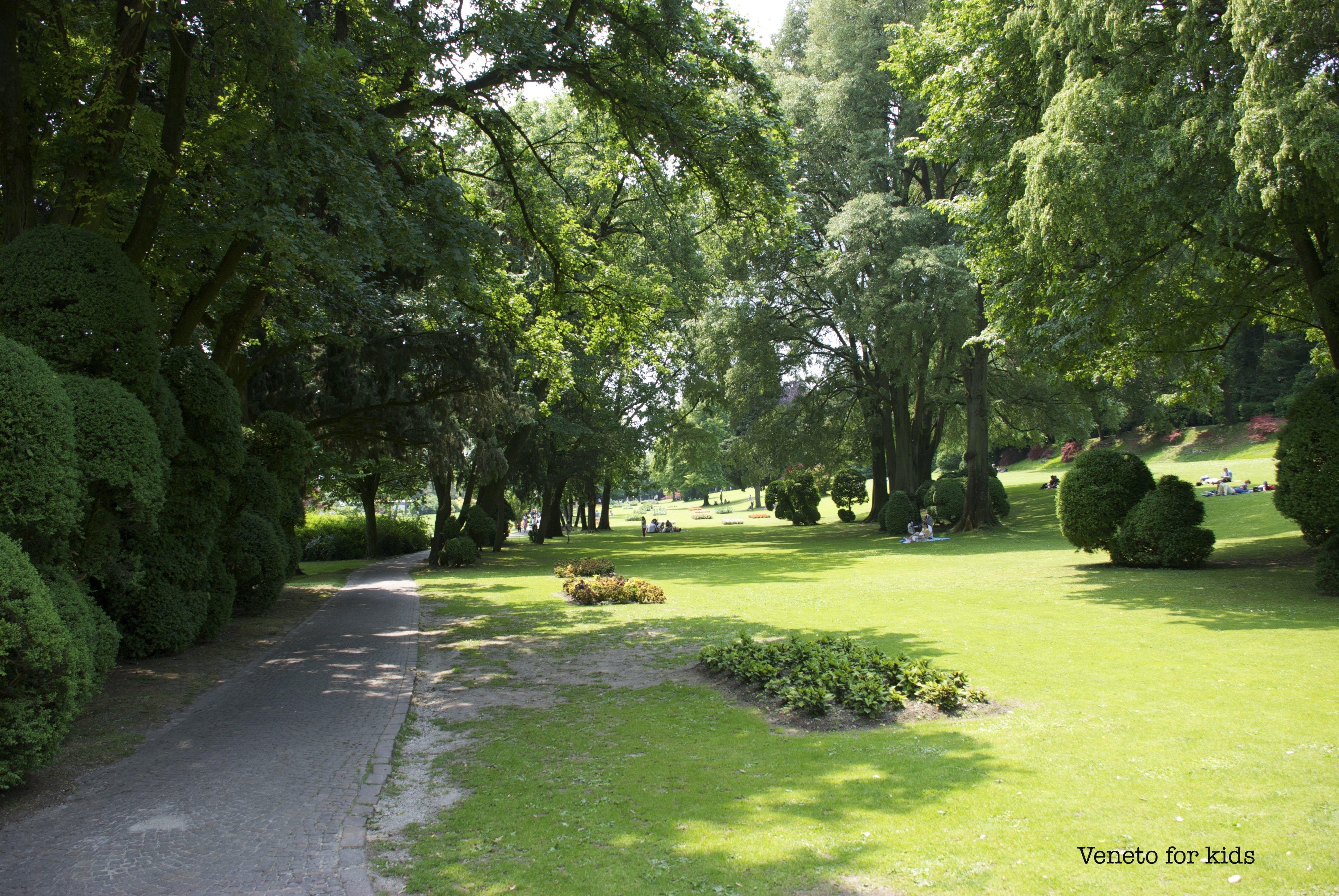 Visitare il parco giardino sigurt con bambini piccoli - Il giardino degli esperidi ...