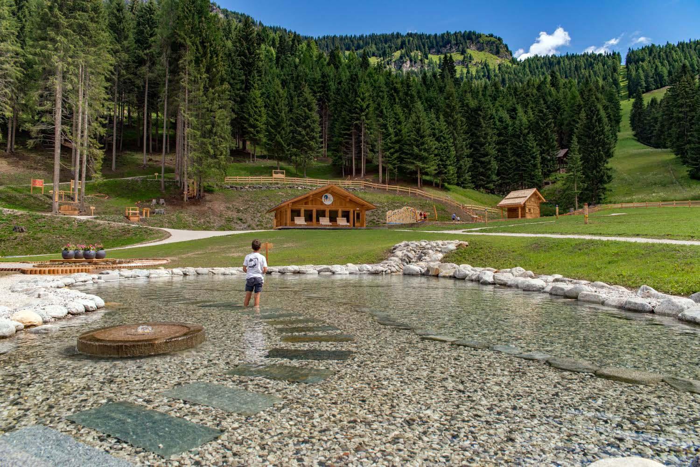 Ally farm summer la nuova area attrezzata in quota ai for Piani di cottage di vacanza