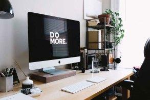 PCデスクとiMac