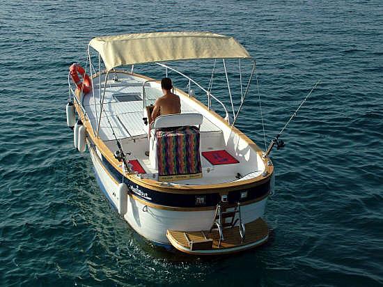 Locazione barca senza patente nella laguna di Venezia (1/3)