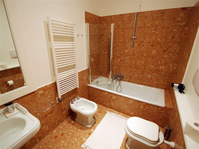 Appartamento di pregio in affitto a Venezia inserito in un contesto unico (3/5)
