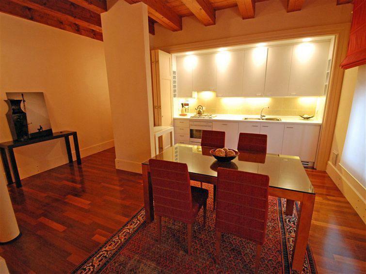 Appartamento di pregio in affitto a Venezia inserito in un contesto unico (2/5)