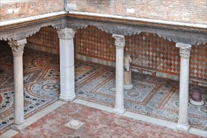 Inner courtyard of the Ca' d'Oro