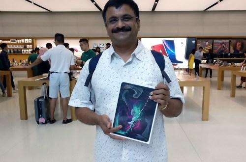 Venkatarangan with his new iPad Pro 11 at Apple Store, Orchid Road, Singapore