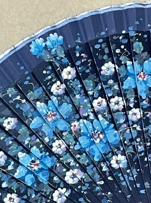 dettaglio fiori dipointi ventaglio barcellona
