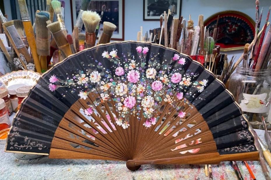 ventaglio spagnolo dipinto a mano