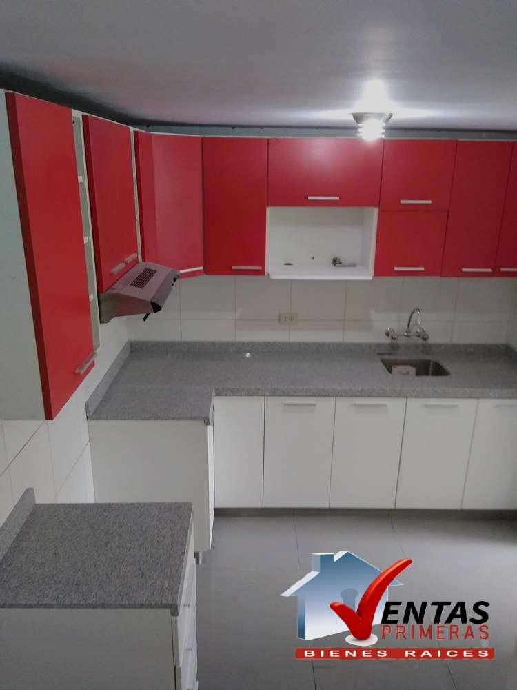 Alquilo Departamento moderno en Condominio con ascensor en Chorrillos