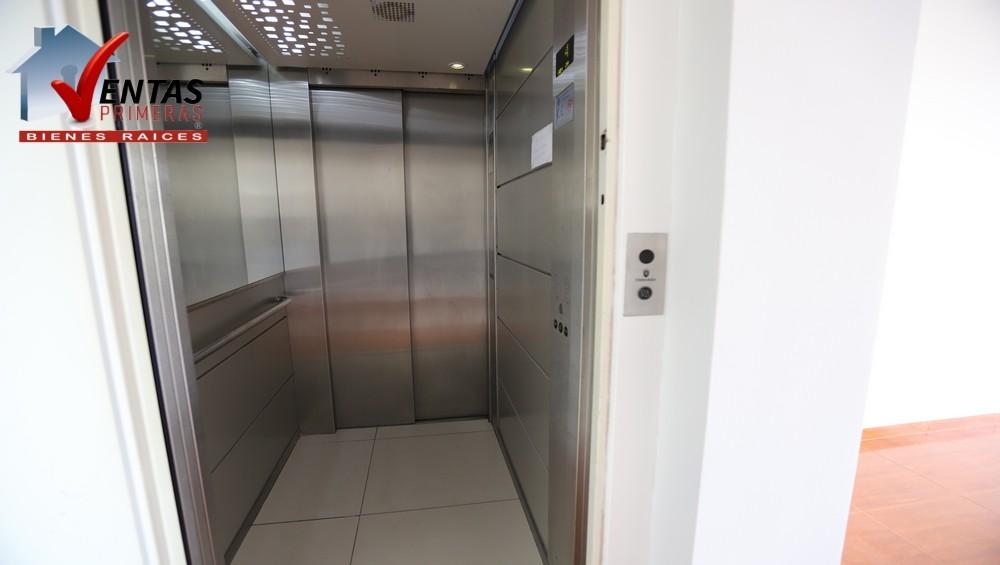 Exclusivo depa frente a parque c/ascensor directo